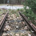 Entlang der Strecke liegen noch alte Gleise.