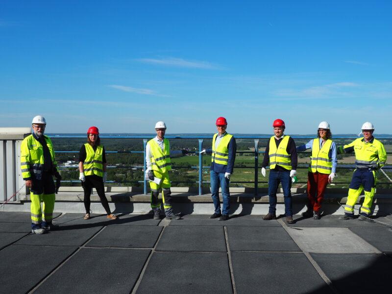 Gemeinsam mit Sahra Damus (2. von links) und Clemens Rostock (3. von rechts) habe ich das Rüdersdorfer Zementwerk besucht.